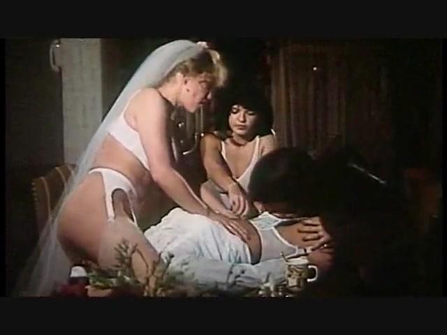 Lesbian orgies Latina sexu