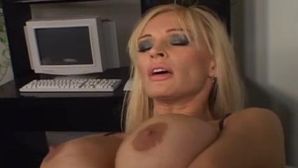 Lesbo porn Petite porne