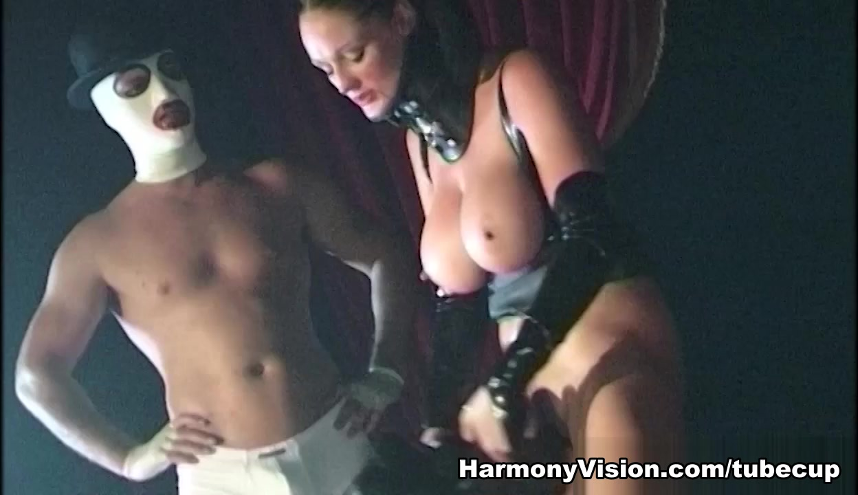Donna Marie & Jane Darling in Performance Art - HarmonyVision Flaps of skin in vagina