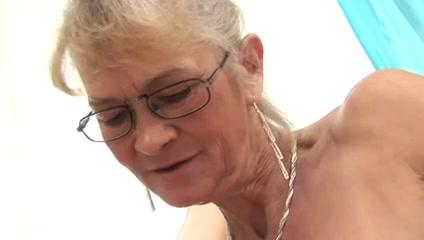 Sexes Matures fuckuf lesbians