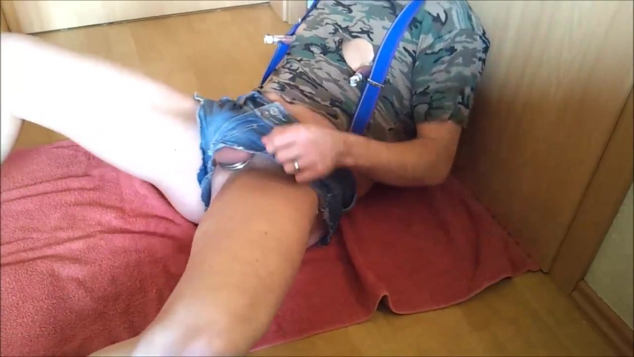 Horny pissing poppers slut my pussy discharge com