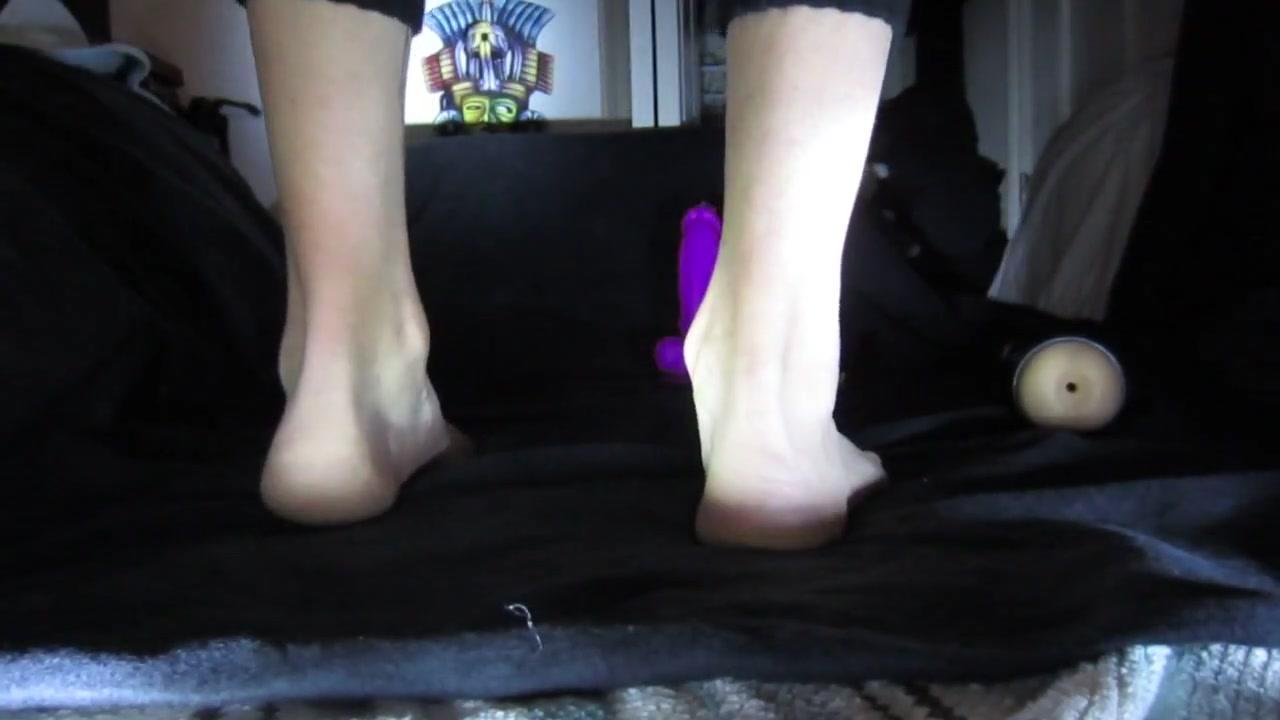 Fucking my huge purple dildo twink slut style Julie andrews fuck
