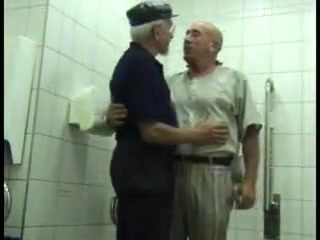 I like old mature gay Man haveing gay sex in shower