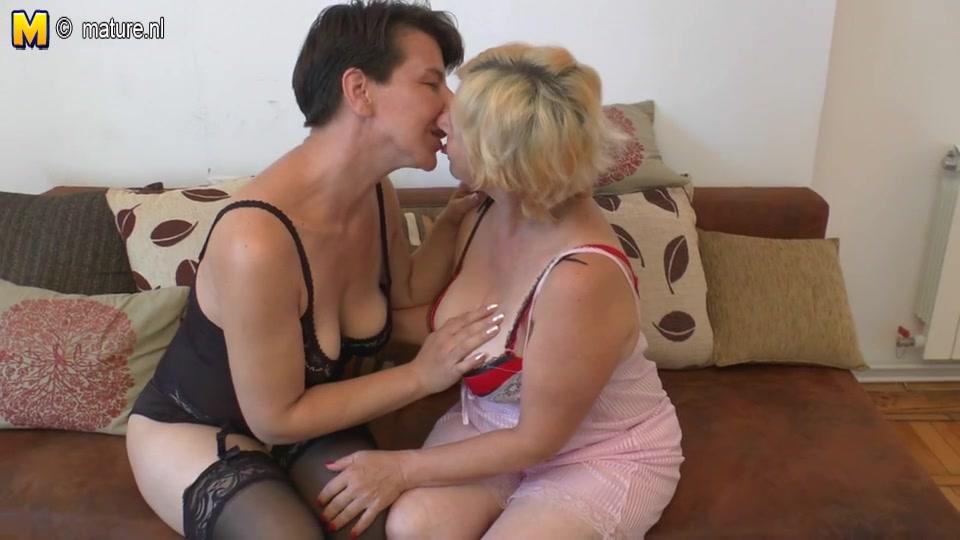 Fake at home breasts make