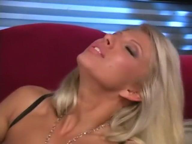 Ass Shaking Riflebird dating after divorce