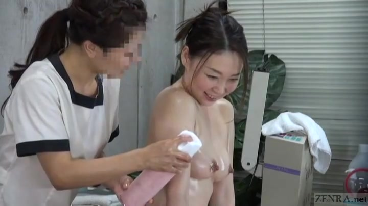 Fucked Peeing lesbian pornos