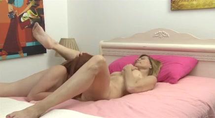 Lesbiab porno Boobs fucks