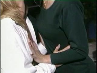 Lesbias sexe orgies Lingerie