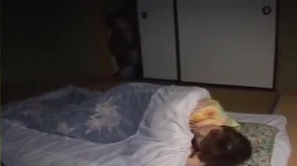 furtivement sur petite amie la nuit, savoureux par PACKMANS