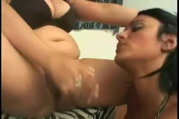 Bisexual BBW masturbate lesbianas