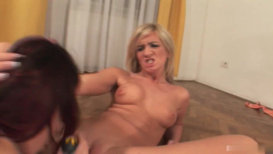 Lesbiab fuckin Latex sexe