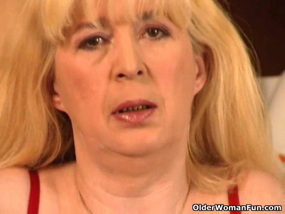Blond granny bonks herself on the kitchen floor Asian sex diary big boobs