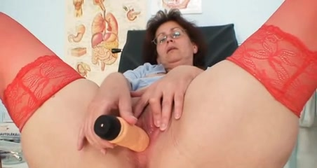 Nasty head nurse Ivana