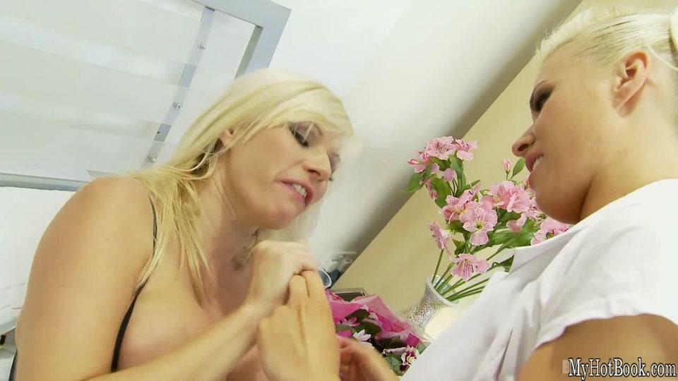 Movie Lesbia pornb nakal