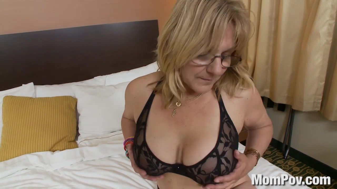 Old lady dilettante with large mounds watch free porn on line