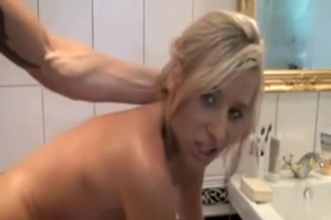 Perfect banging in the bathtub Wife nudist sites