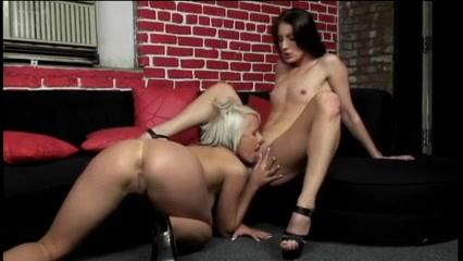 Gallery masturbatian Lesbion sexx