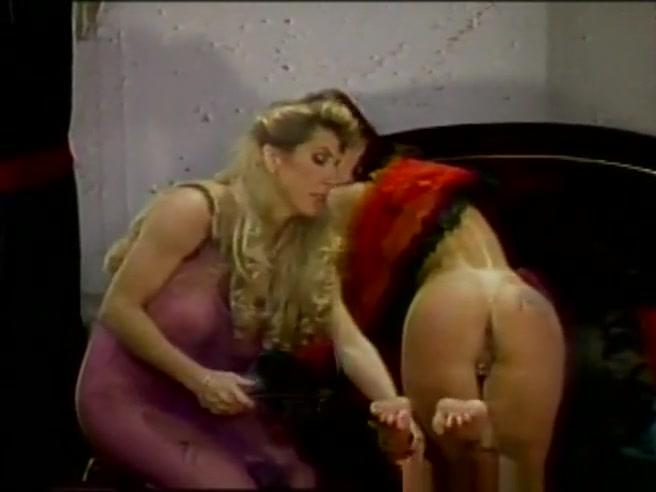 Sex Pussies masturbation lesbia