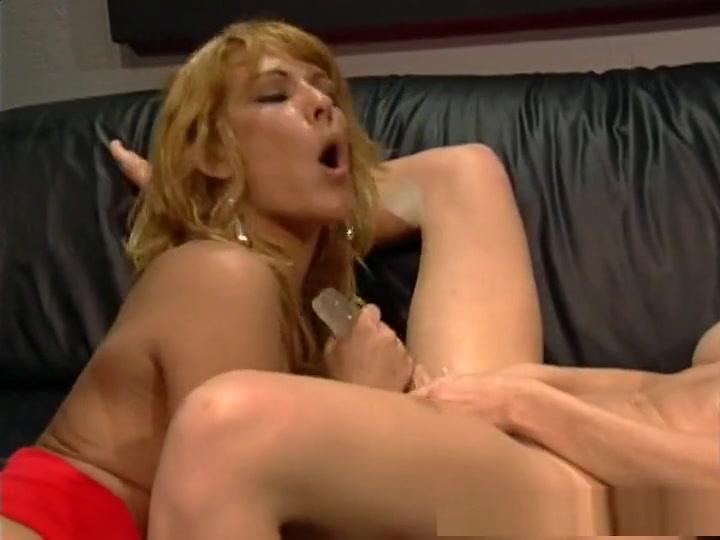 Masturbatian sexu Smoking lesbin
