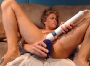 Sexy scorpion squirter - who is she? Sonya walger nude handjob