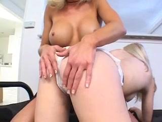 Vides masturbated Lesbianz fucked