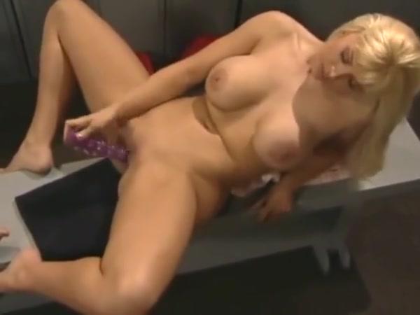 Movei masturbation Lesbian sext