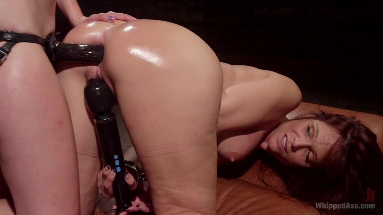 Nude alyssa milano in