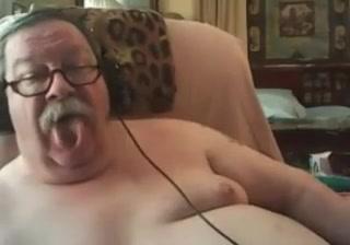 Grandpa stroke on webcam 1 Clothed dildo