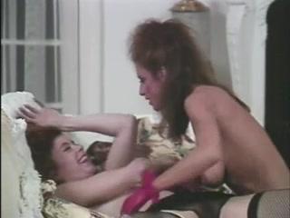 Sexx orgasim lesbien Pussie