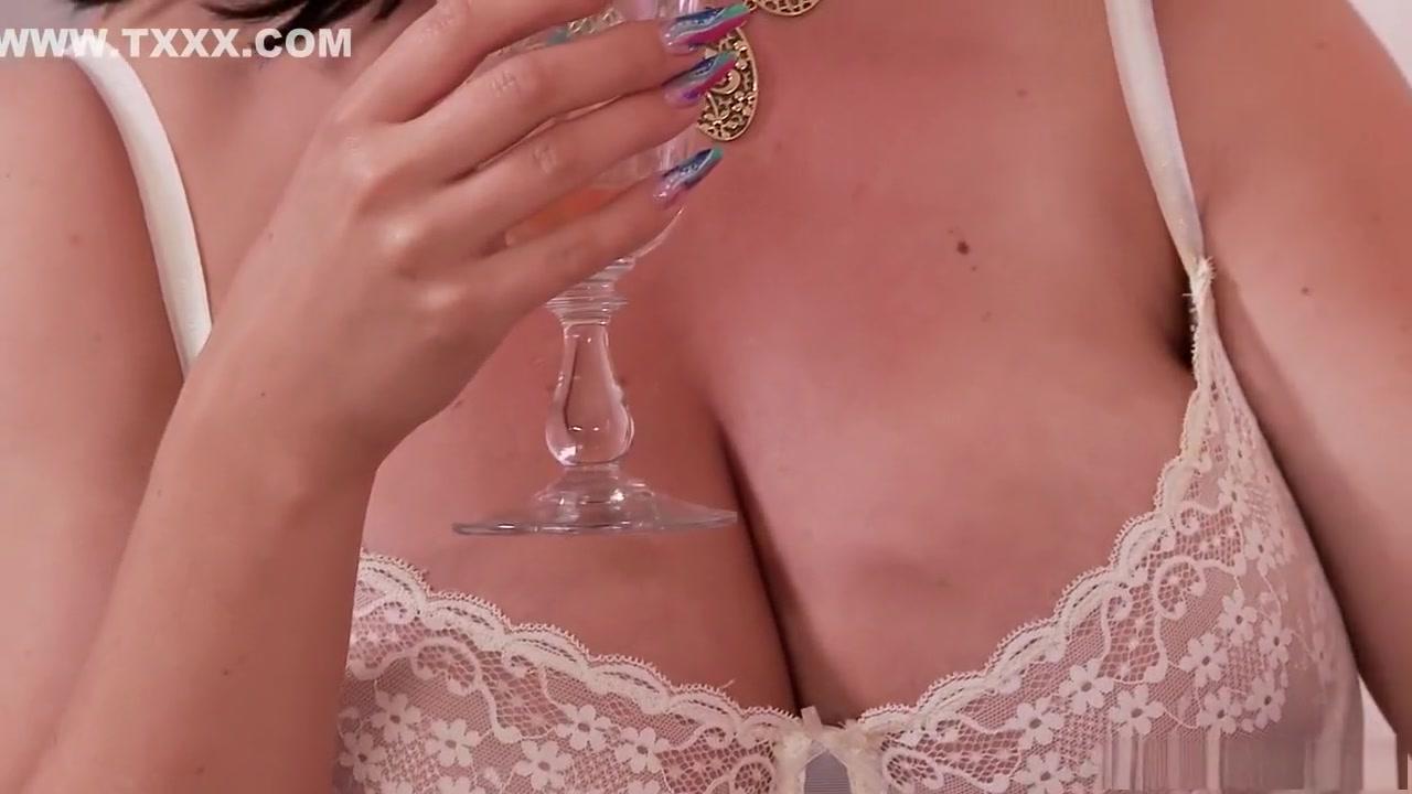 Fakes elizabeth hurley nude