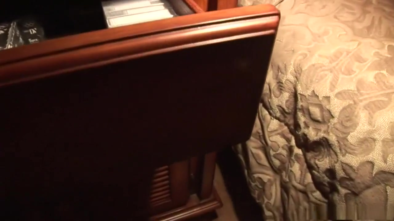 Crazy pornstar Leigh Livingston in horny brunette, dildos/toys sex movie Big round fat ass white girls pics
