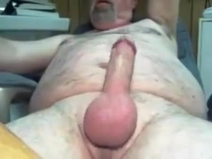 Daddy on cam play and cum Blow kiss