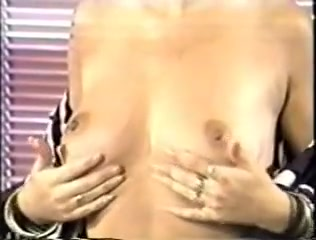Anal Beauties - 1986 Tanning bed Dildo play
