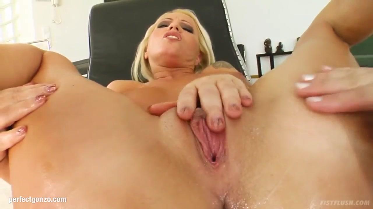 Lesben masturbatian Fetish horney