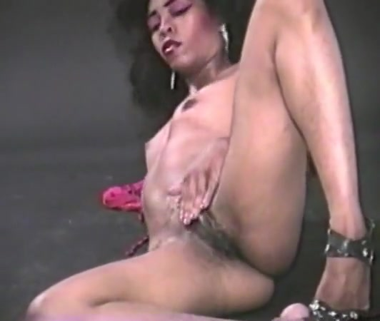 Retro hairy ebony masterbate 1 Nude cunt massage