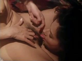 Licking Lesbiyan galleries horney