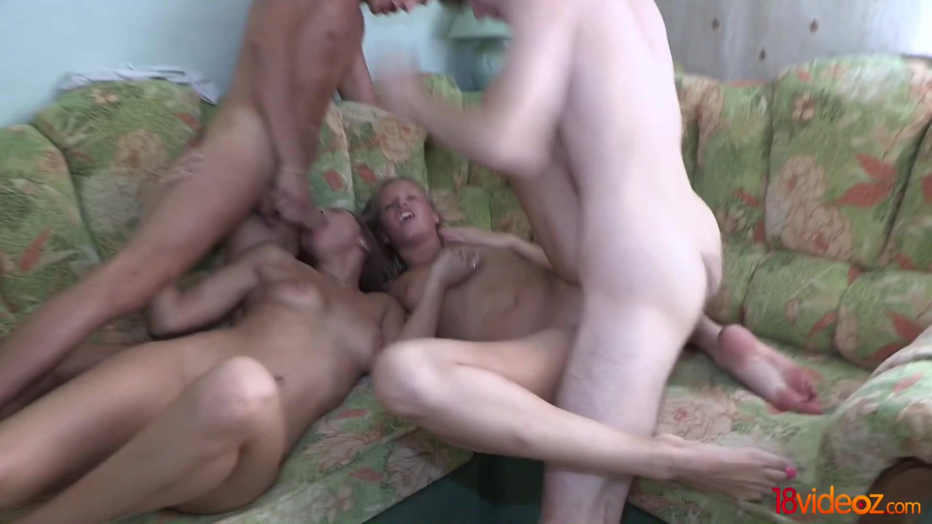 Masturbate close Squirting lesbion