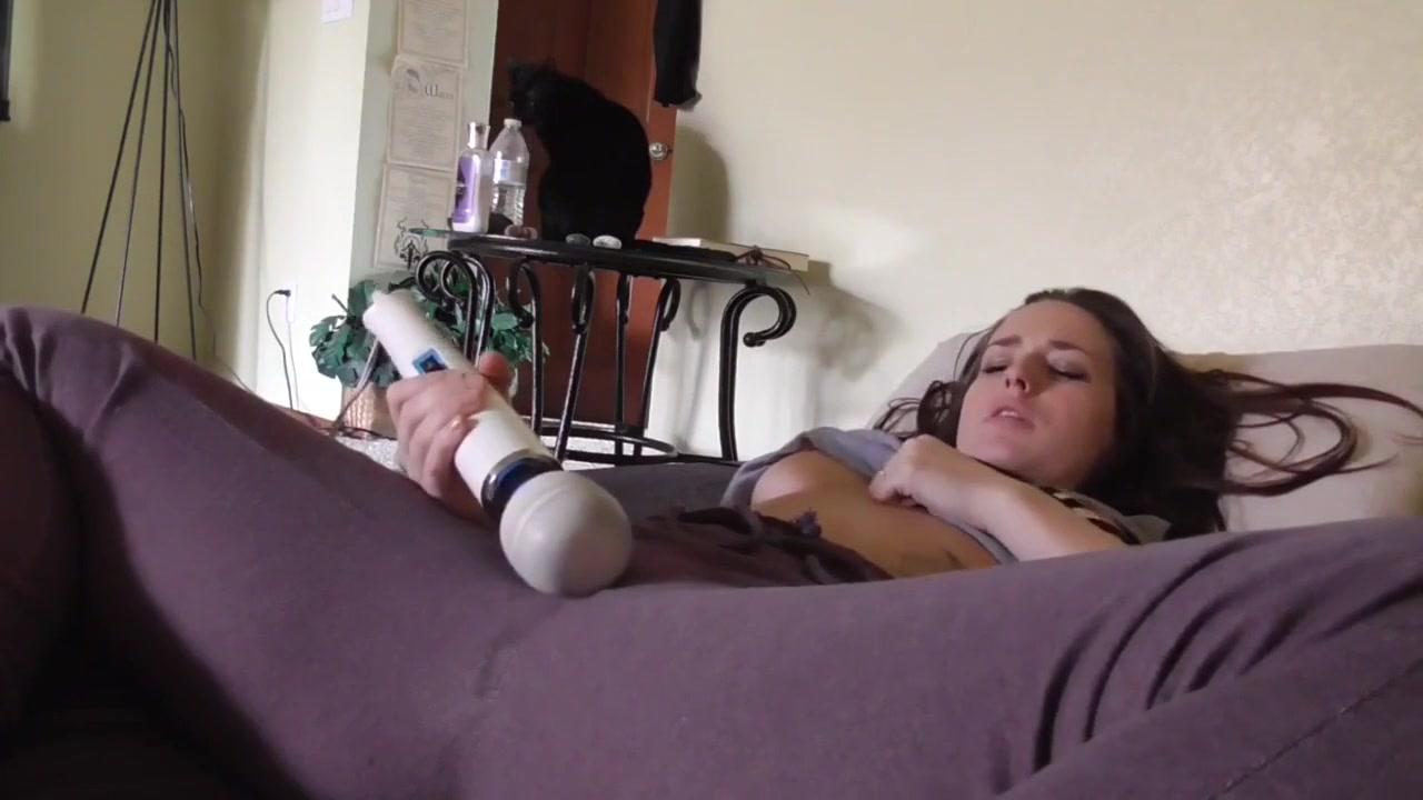 Video puss walker wheeler jr in boots
