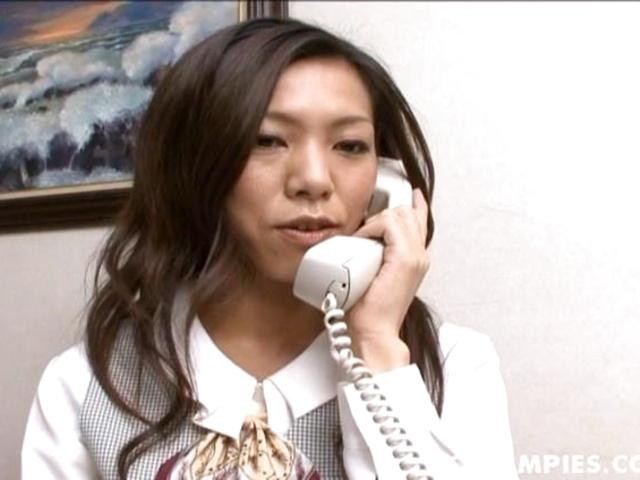 Tempting Kaoru Hayami gets her hair - More at hotajp.co Big monster butt spanish bbw walking
