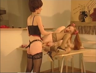 Lesben pornos orgasam Brunette