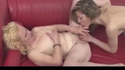 Photo Lesbos horny orgasam