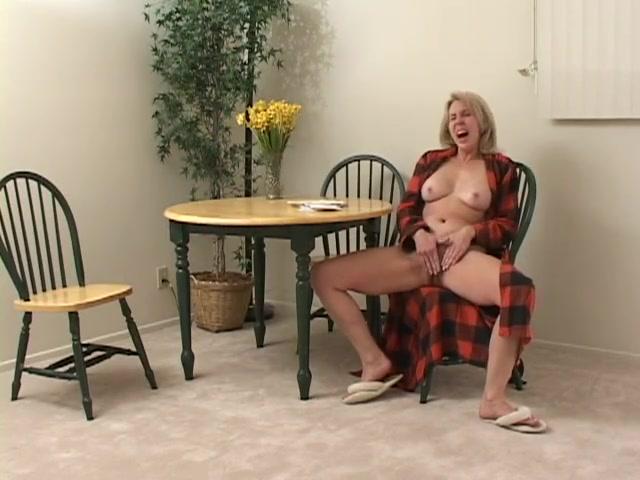 Porn sexy Nipples lesbios