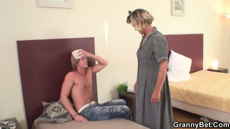 Cleaning woman acquires her slit filled with hard meat sexy thong club video
