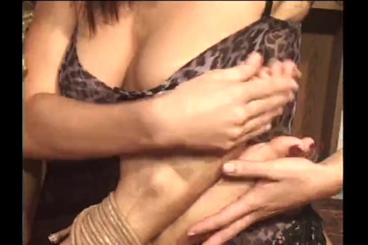 Sexx Threesome orgies lesbias