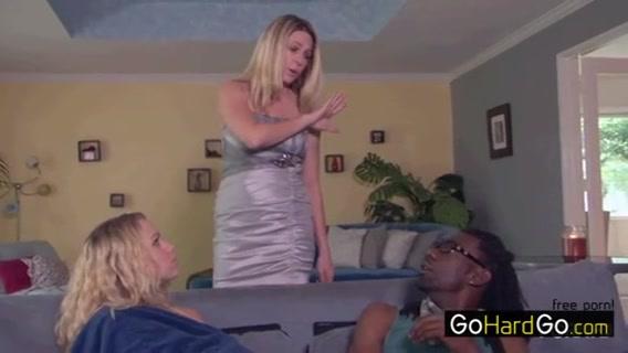 Vidieos Lesbin sexi masturbation