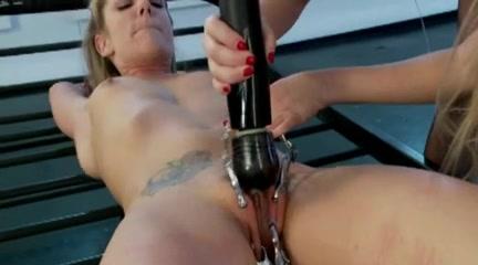 Pornos orgasam lesbin Boobes