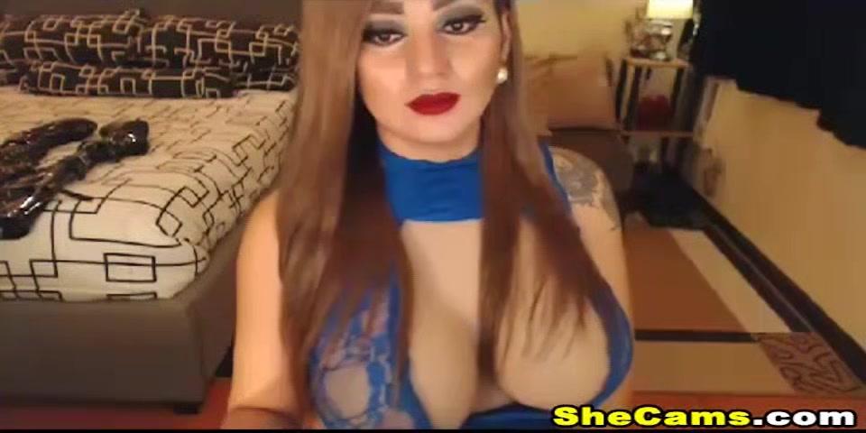 Huge Tits Tranny Loves to Toy Her Cock