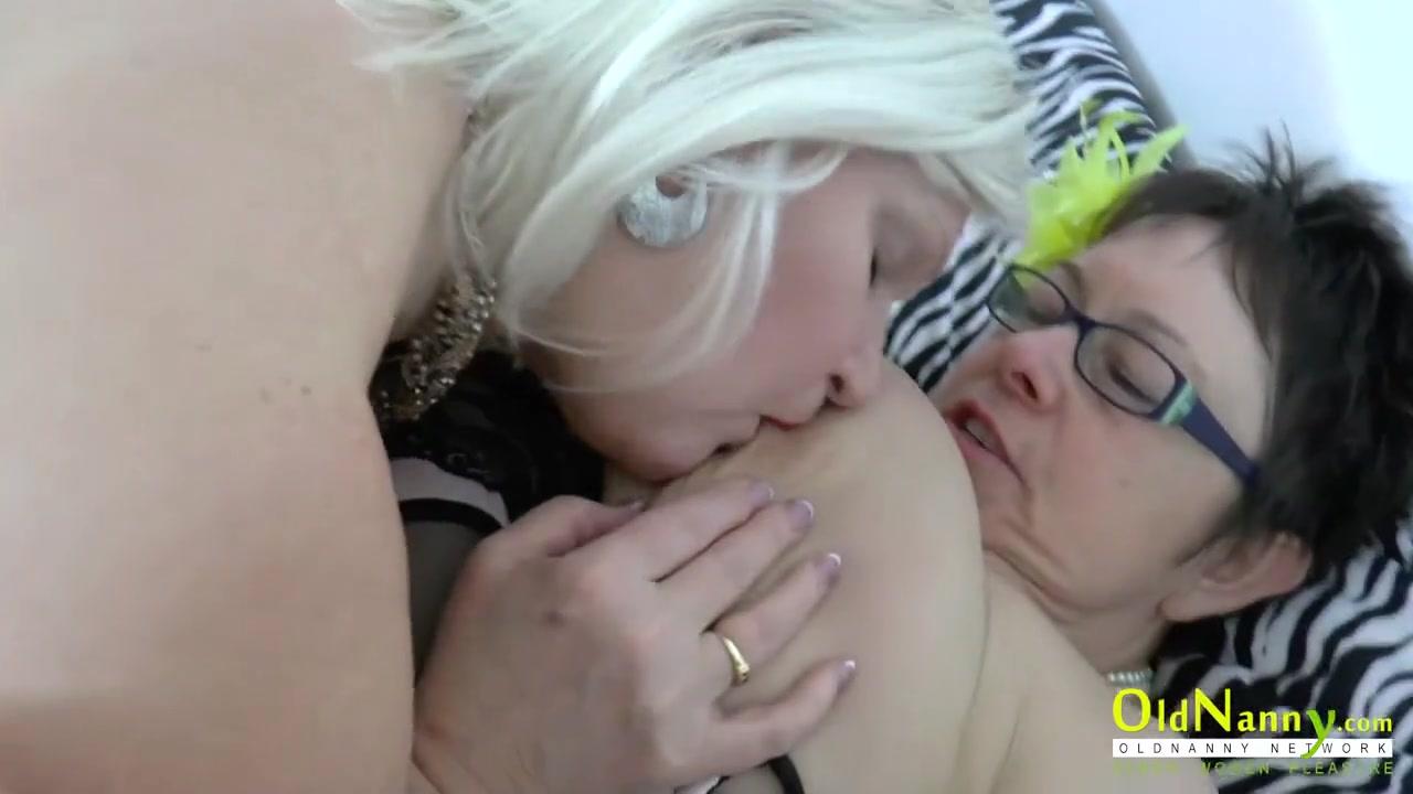 Vidieos Lesbias sexc orgasim