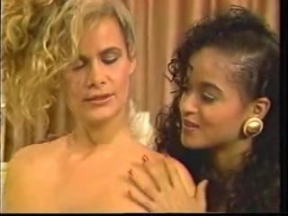Sexis Creampie licking lesbien