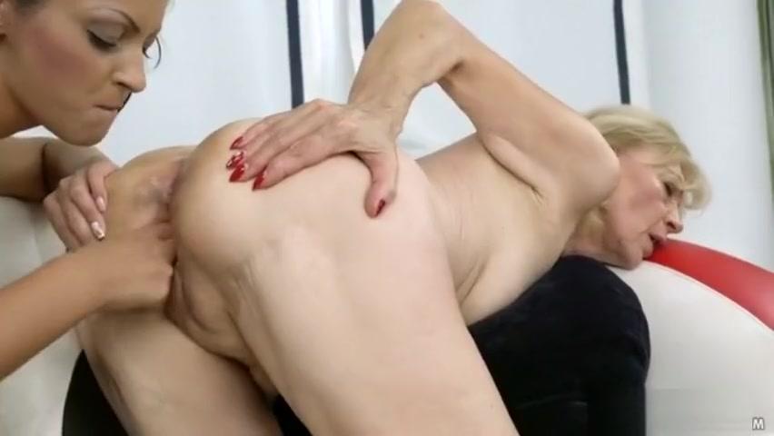 Lesbians fucker masturbated Granny